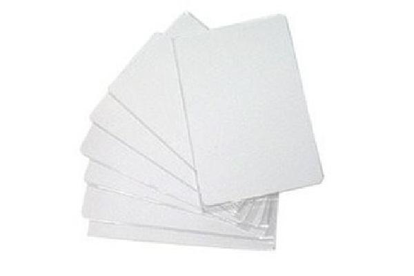 Imagen 1: Tarjeta RFID EM blanca 125 KHz para control de accesos
