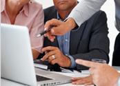 Na Avanzada 7 oferecemos serviços de manutenção e monitoramento em tempo real.